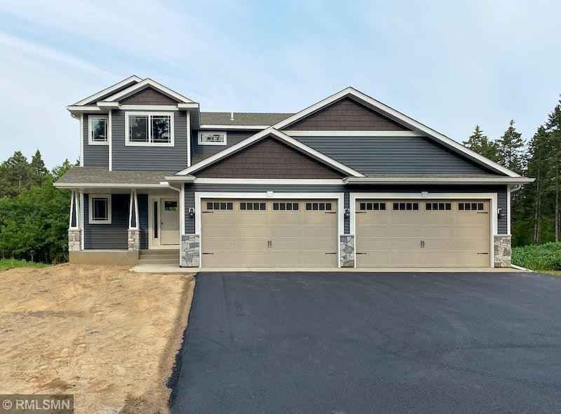 View 1 photos of this 4 bed, 3 bath, and 2,043 sqft. single_family home located at 35530 Blackfoot St NW, Cambridge, Minnesota 55008 is Sold for $457,739.