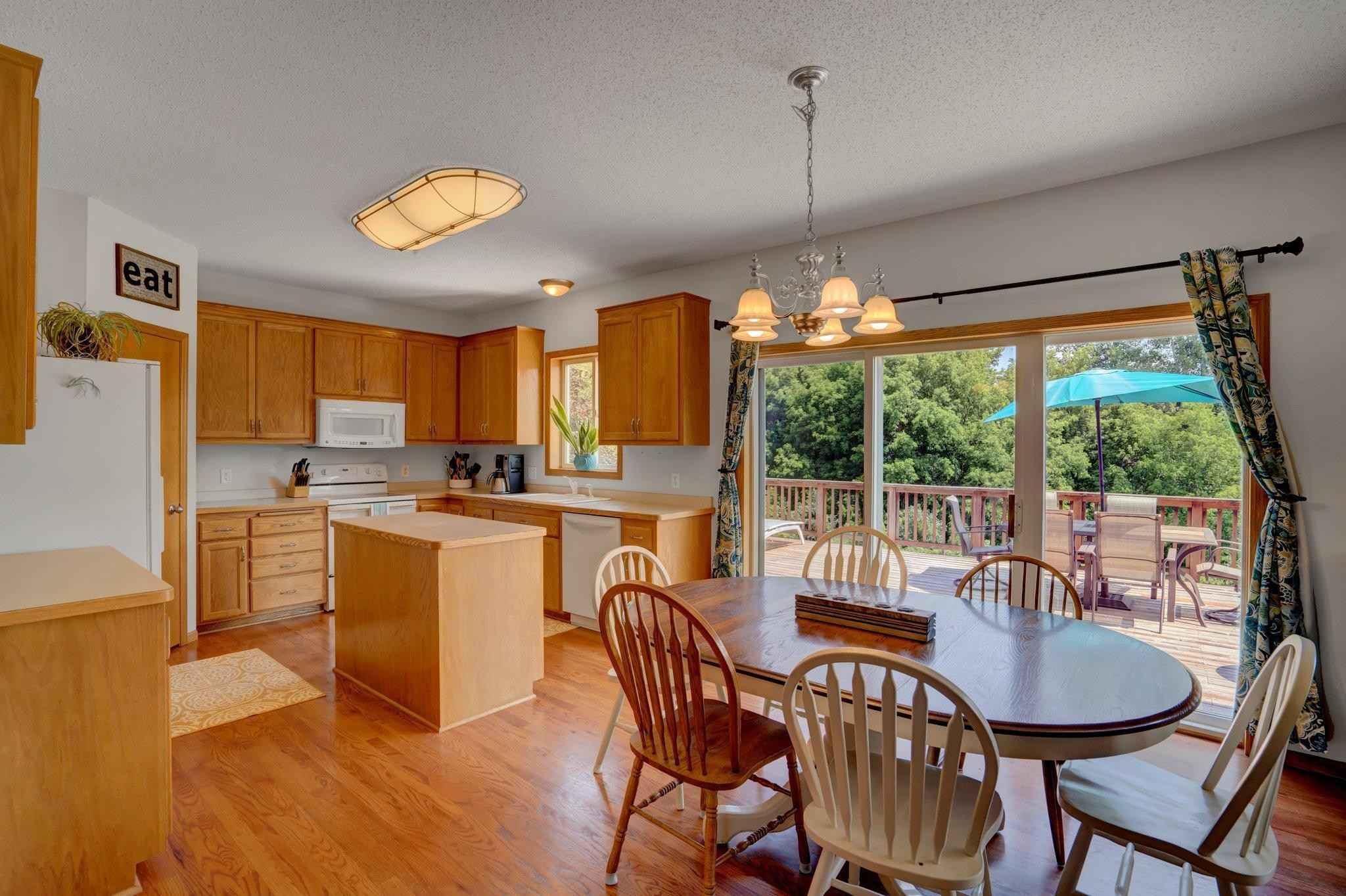 View 38 photos of this 4 bed, 3 bath, and 2,824 sqft. single_family home located at 19941 Evensong Ave, Farmington, Minnesota 55024 is Active for $424,900.