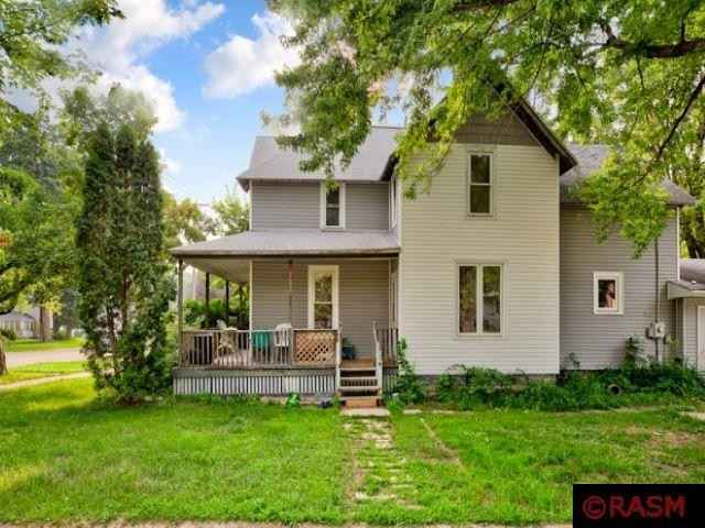 View 8 photos of this 4 bed, 2 bath, and 2,810 sqft. single_family home located at 404 NW 1st St, Faribault, Minnesota 55021 is Active for $219,000.