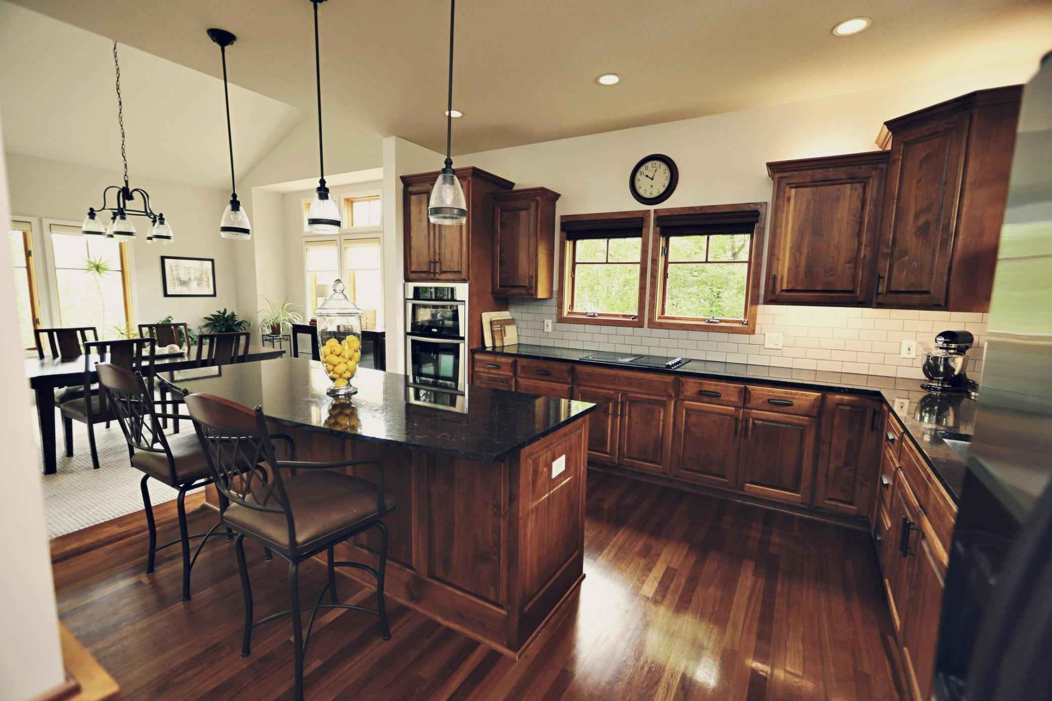View 64 photos of this 3 bed, 3 bath, and 3,168 sqft. condo home located at 6040 Oakview Ct, Excelsior, Minnesota 55331 is Active for $575,900.