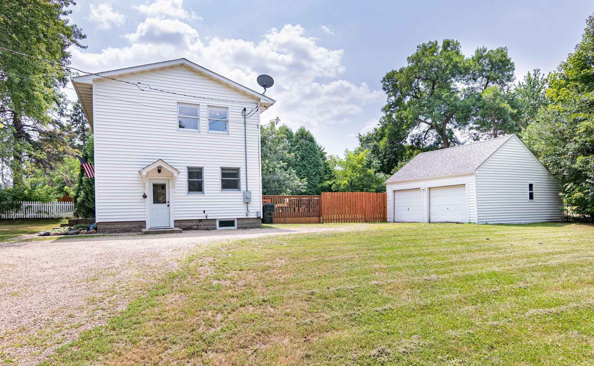 View 26 photos of this 3 bed, 2 bath, and 1,144 sqft. single_family home located at 1813 McKnight Rd N, Maplewood, Minnesota 55109 is Active for $269,900.