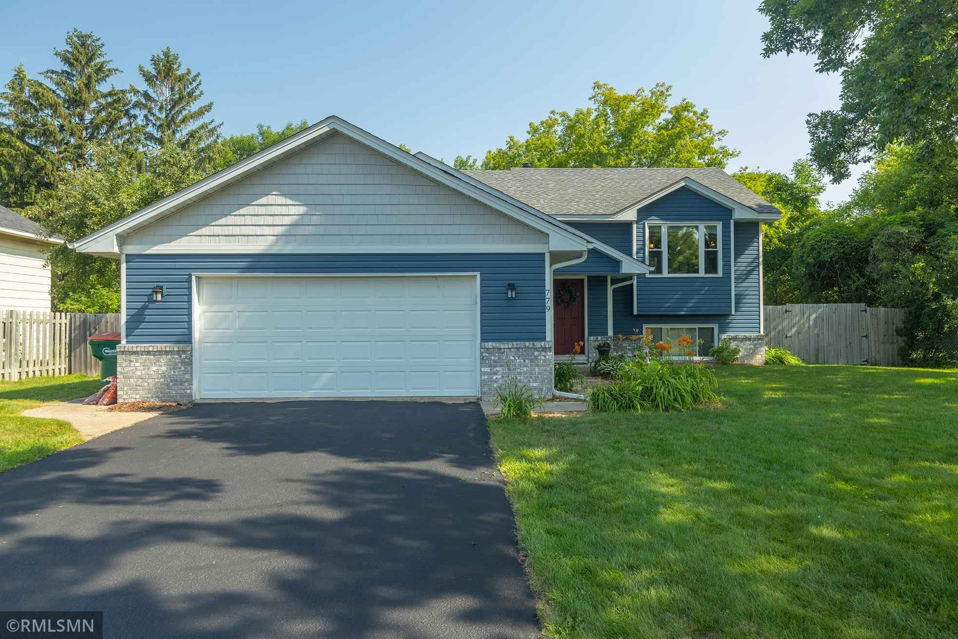 View 20 photos of this 4 bed, 2 bath, and 2,300 sqft. single_family home located at 779 99th Ln NE, Blaine, Minnesota 55434 is Active for $369,900.