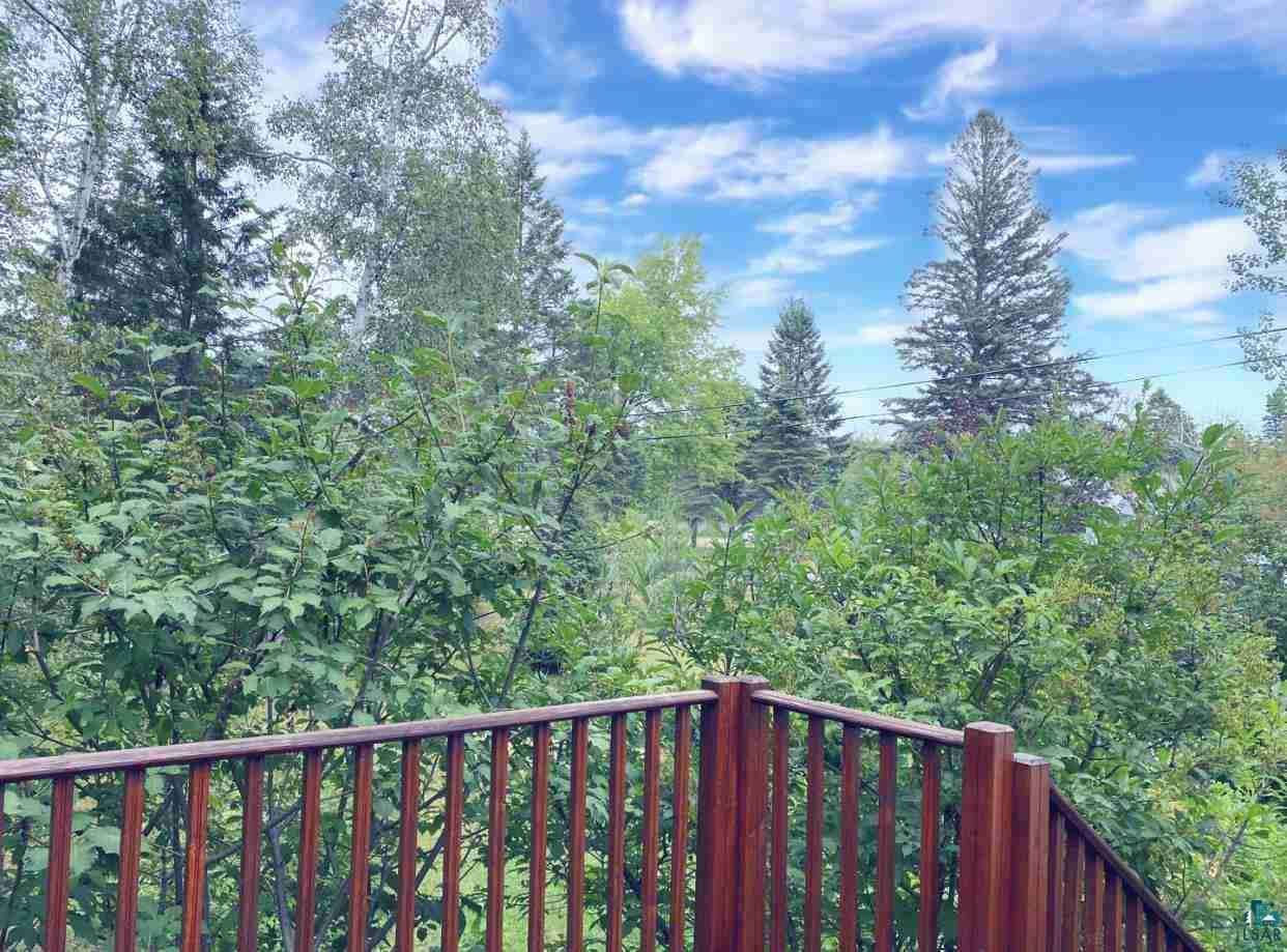 View 48 photos of this 3 bed, 2 bath, and 1,412 sqft. single_family home located at 1415 Eklund Ave, Duluth, Minnesota 55811 is ACTIVE for $275,000.