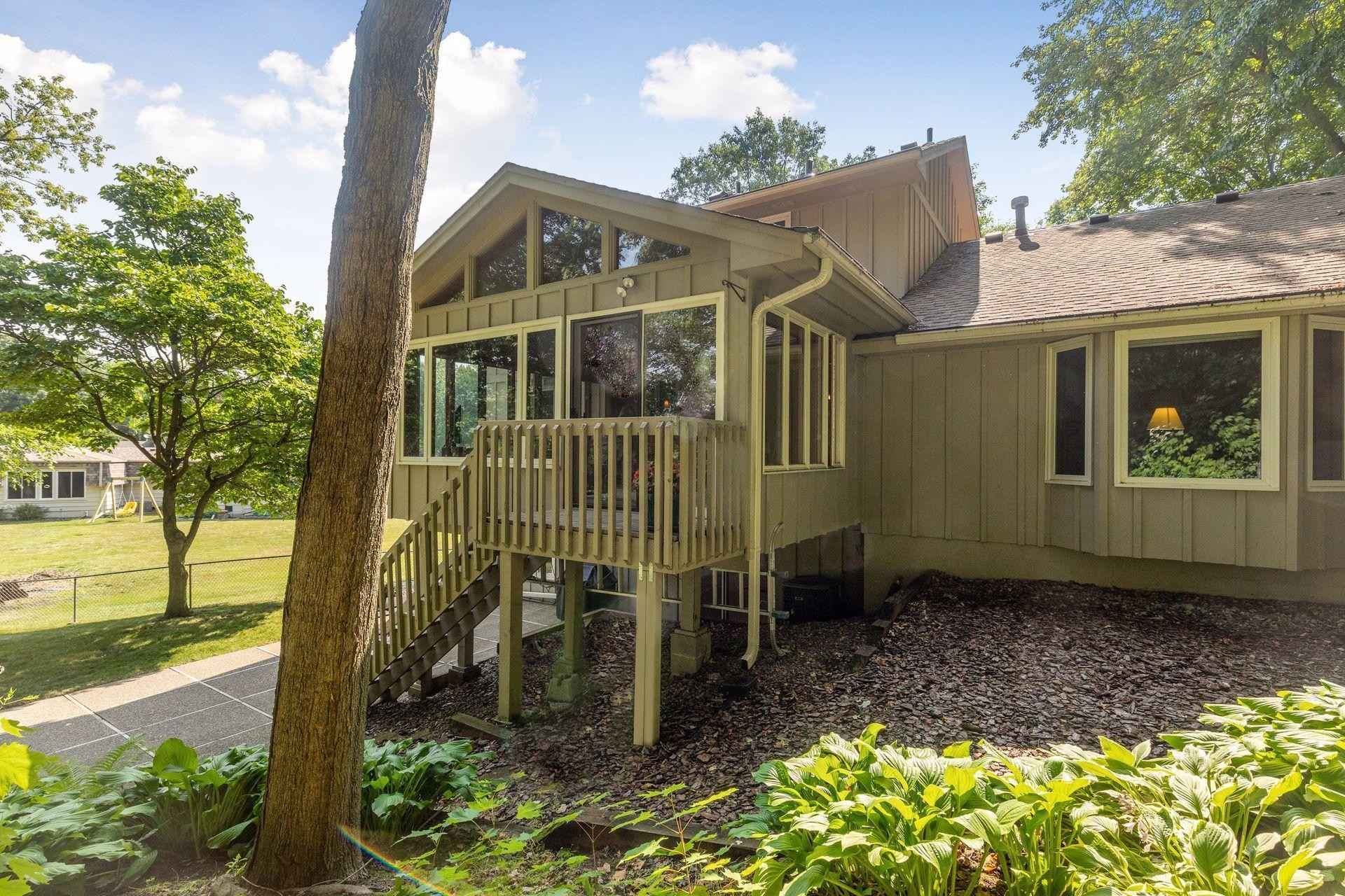 View 13 photos of this 3 bed, 4 bath, and 3,099 sqft. single_family home located at 3125 Holly Ln N, Plymouth, Minnesota 55447 is Active for $525,000.