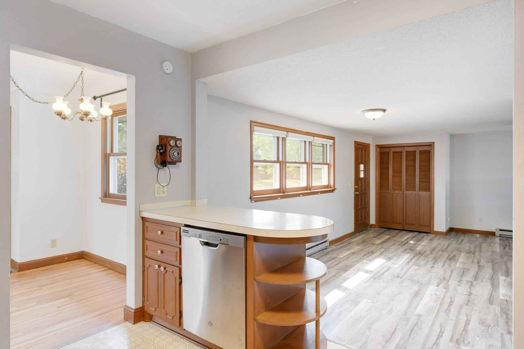 View 20 photos of this 3 bed, 1 bath, and 1,252 sqft. single_family home located at 7544 Elliot Ave S, Richfield, Minnesota 55423 is Active for $289,900.
