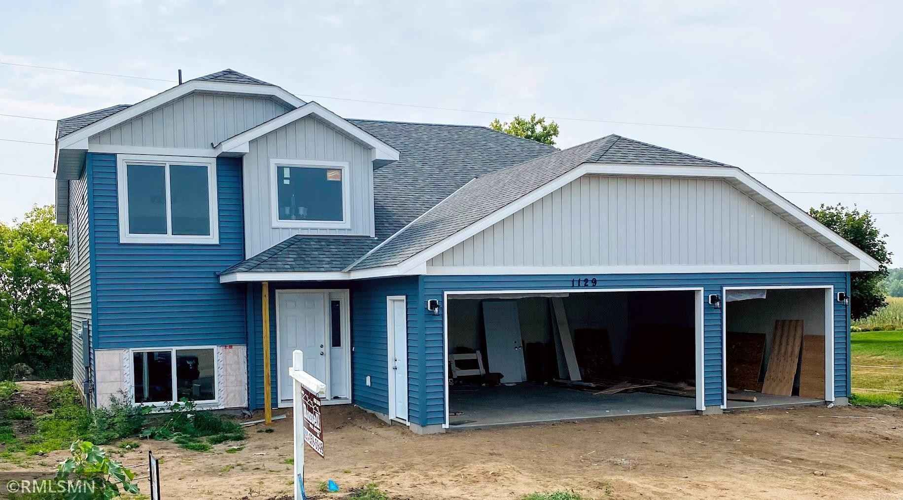 View 1 photos of this 4 bed, 3 bath, and 2,338 sqft. single_family home located at 1129 Yellowstone Ave, Saint Cloud, Minnesota 56303 is Active for $329,900.