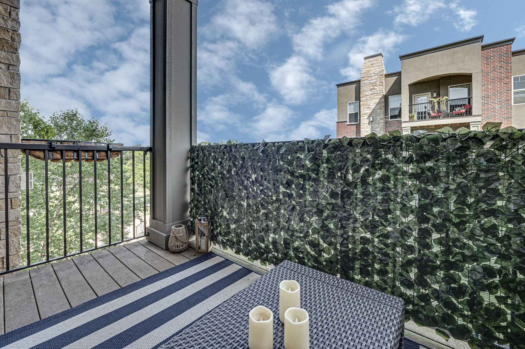 View 44 photos of this 2 bed, 2 bath, and 1,578 sqft. condo home located at 462 Ford Rd Unit 306, Saint Louis Park, Minnesota 55426 is Active for $400,000.
