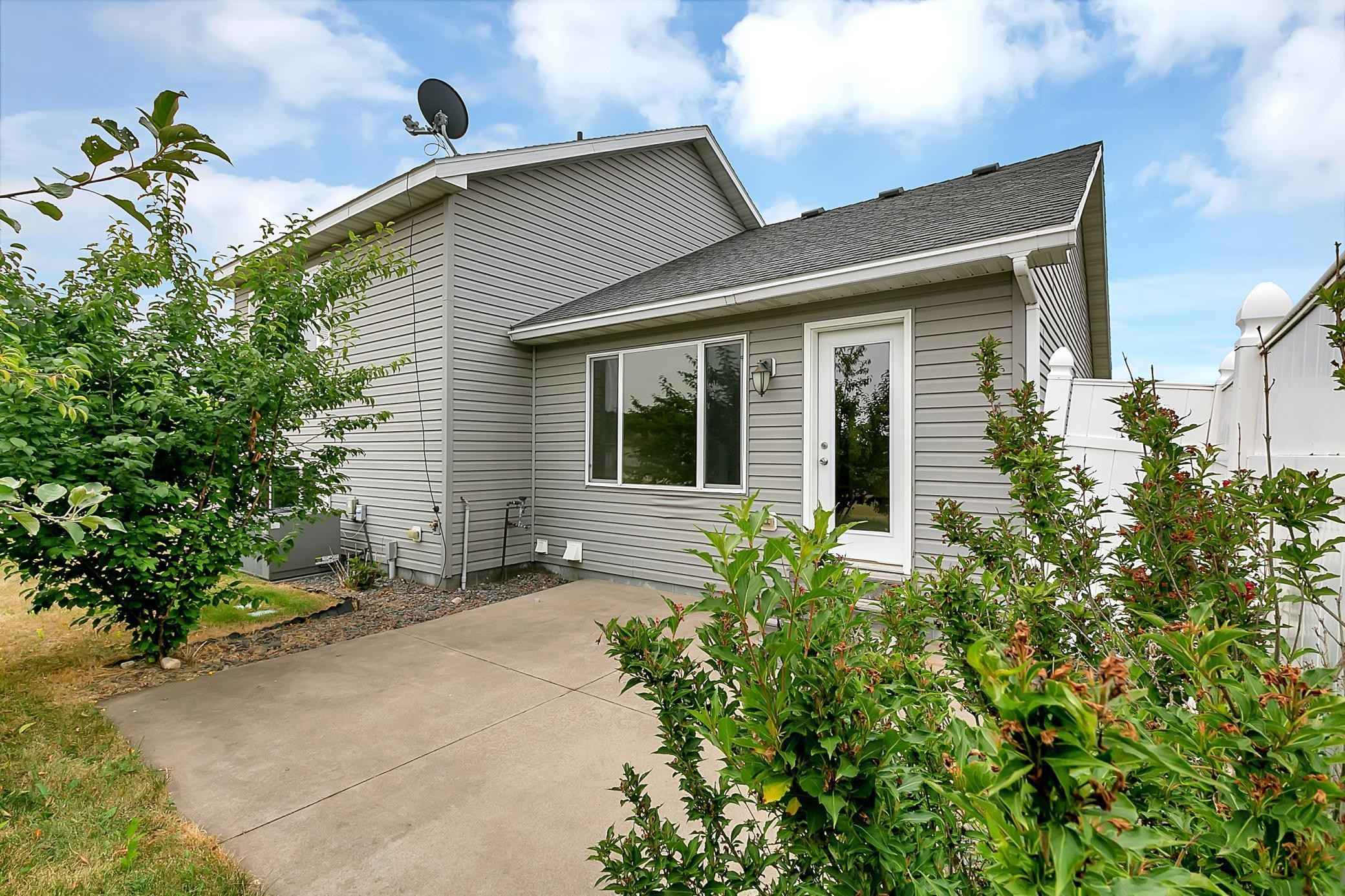View 30 photos of this 3 bed, 3 bath, and 1,758 sqft. single_family home located at 1632 Oriole Ave, Sartell, Minnesota 56377 is Pending for $244,000.