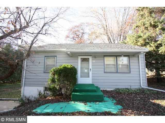 View 2 photos of this 2 bed, 1 bath, and 936 sqft. single_family home located at 4910 Acorn Ridge Rd, Minnetonka, Minnesota 55345 is _0 for $.
