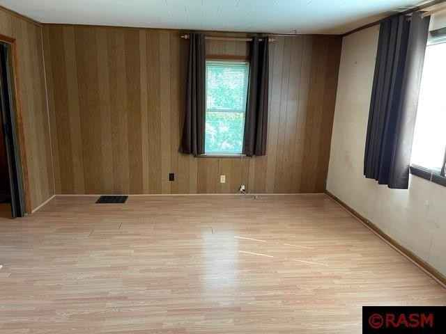 View 16 photos of this 4 bed, 1 bath, and 2,019 sqft. single_family home located at 518 S 2nd St, Waterville, Minnesota 56096 is Active for $169,900.