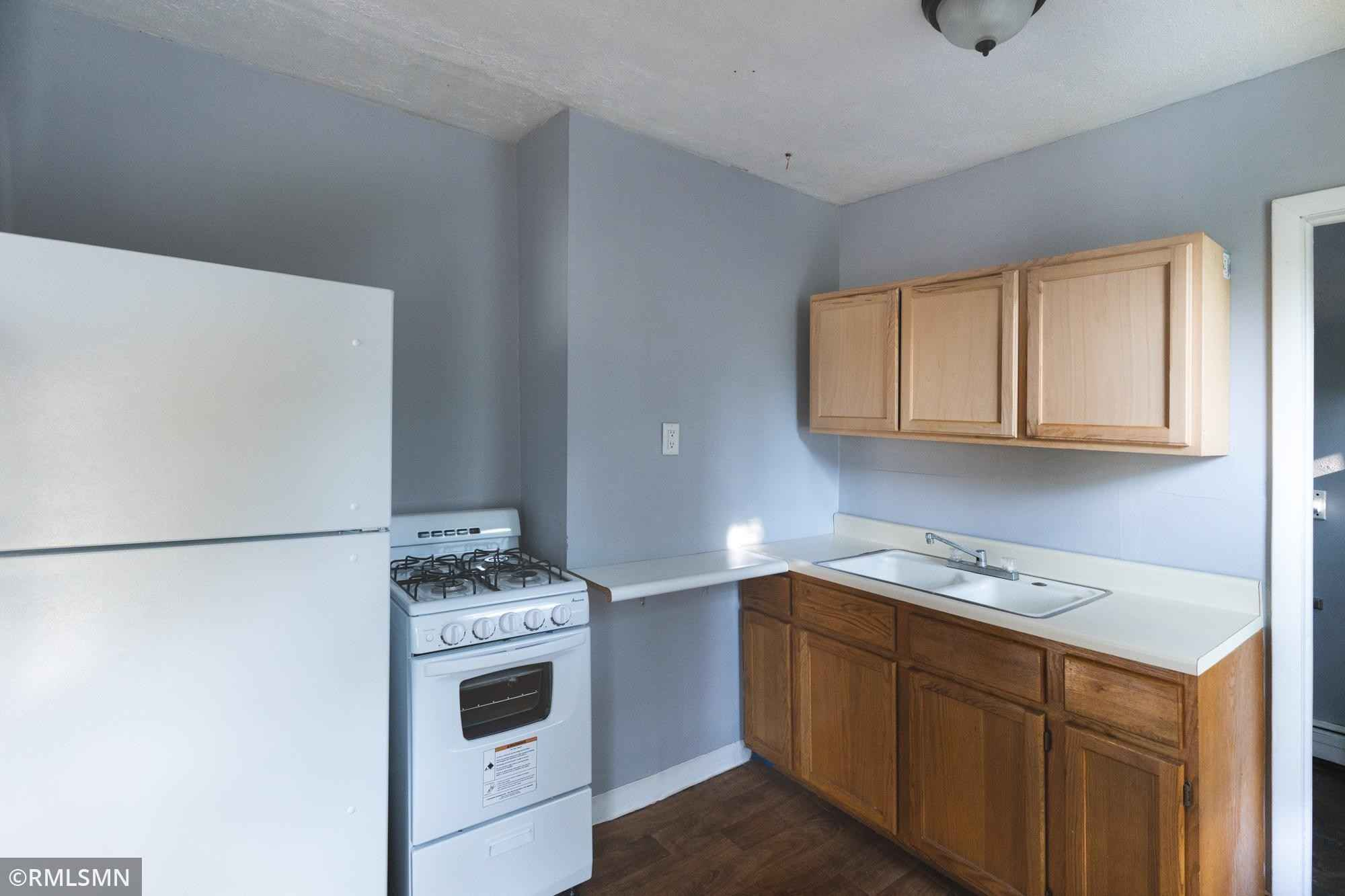 View 8 photos of this 3 bed, 2 bath, and 1,332 sqft. multi_family home located at 1632 5th St E, Saint Paul, Minnesota 55106 is Active for $215,000.