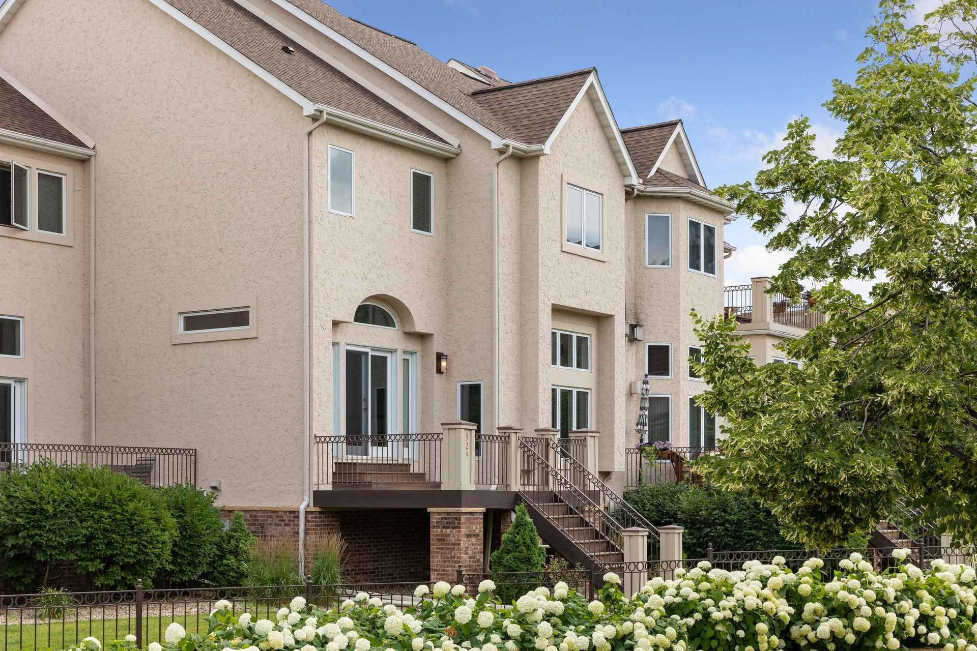 View 30 photos of this 4 bed, 4 bath, and 3,497 sqft. condo home located at 525 River St, Minneapolis, Minnesota 55401 is Active for $949,900.