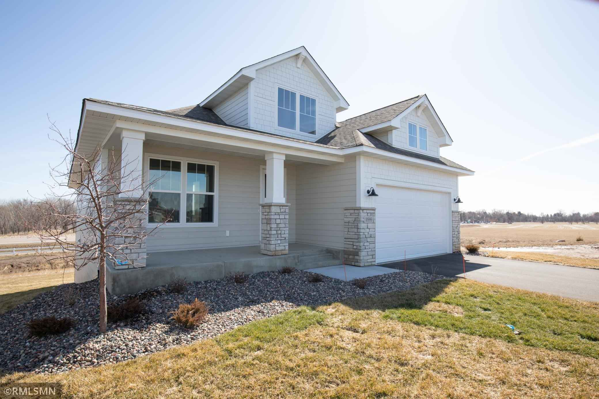 View 22 photos of this 2 bed, 2 bath, and 1,687 sqft. single_family home located at 10999 38th Ct N, Lake Elmo, Minnesota 55042 is Pending for $514,900.