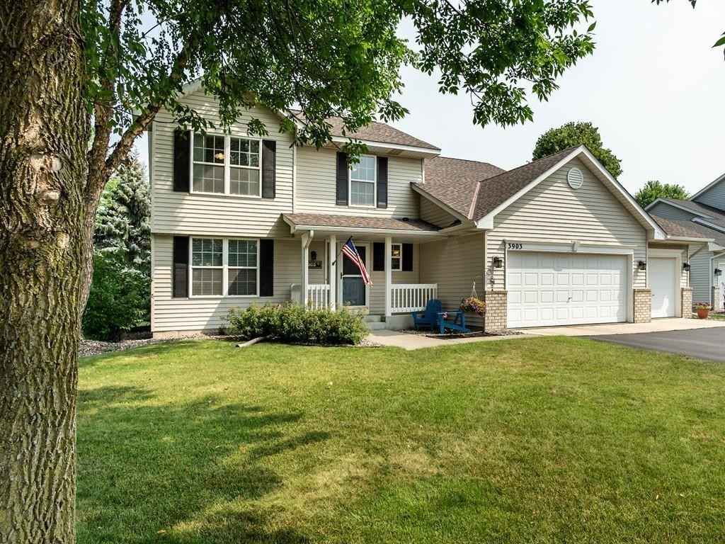 View 31 photos of this 4 bed, 4 bath, and 2,471 sqft. single_family home located at 3903 Homestead Dr, Woodbury, Minnesota 55125 is Pending for $450,000.