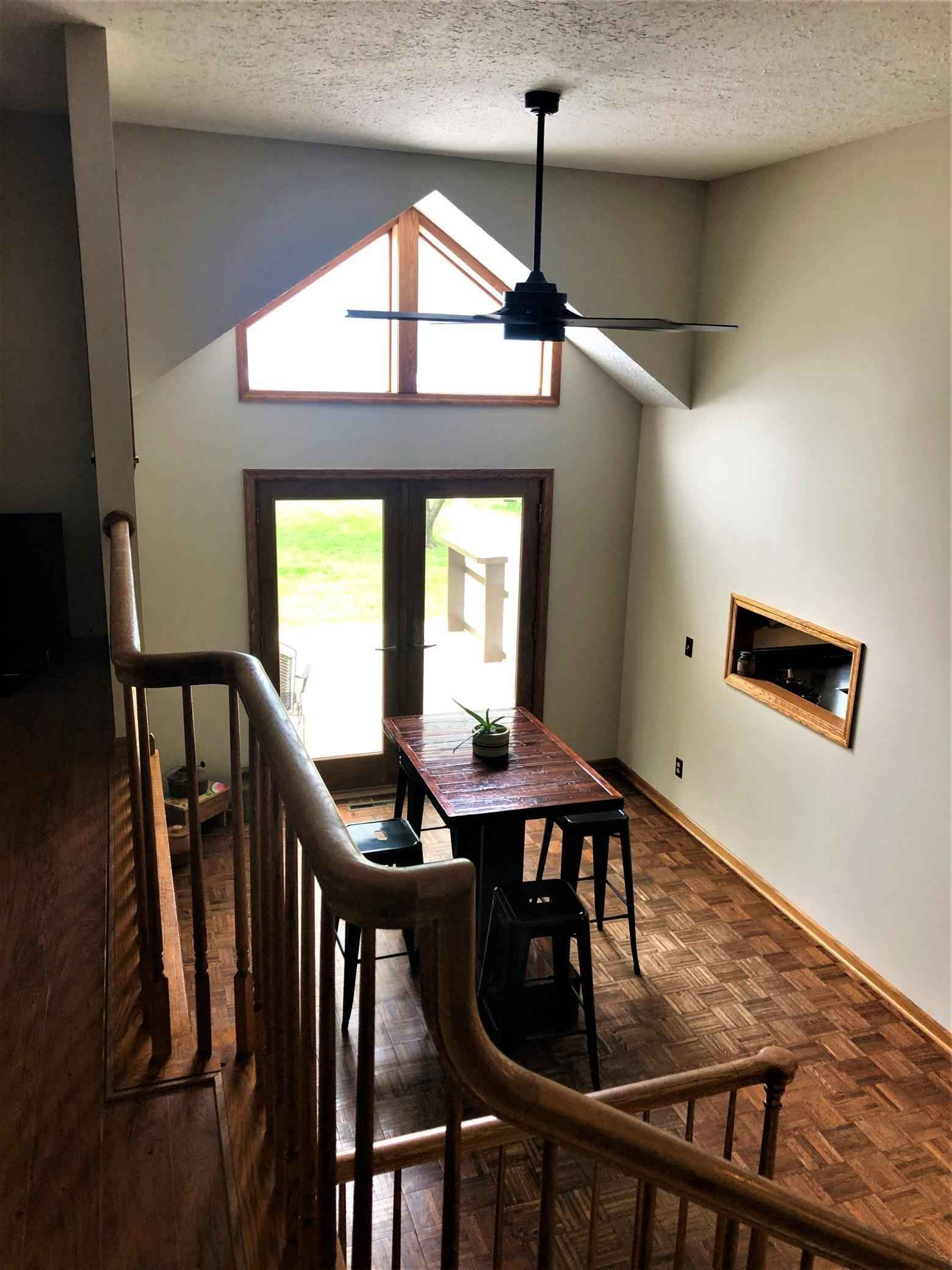 View 70 photos of this 5 bed, 2 bath, and 2,318 sqft. single_family home located at 20 1st Ave SE, Plainview, Minnesota 55964 is Active for $279,000.
