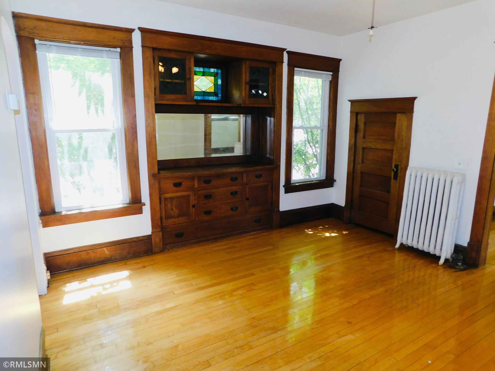 View 54 photos of this 6 bed, 3 bath, and 3,050 sqft. multi_family home located at 2909 Irving Ave S, Minneapolis, Minnesota 55408 is Active for $749,000.
