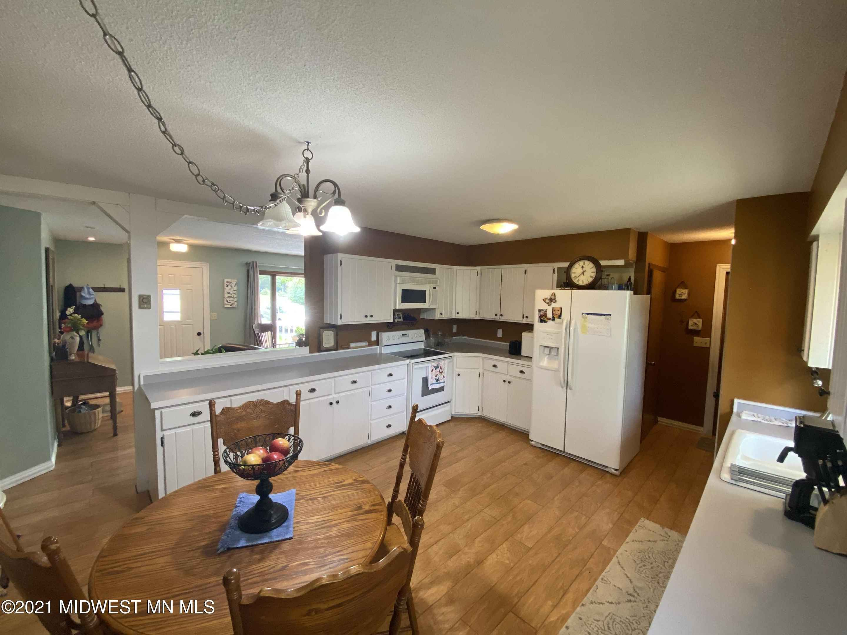 View 11 photos of this 3 bed, 1 bath, and 1,292 sqft. single_family home located at 801 Wells Ave NW, Sebeka, Minnesota 56477 is Active for $155,000.