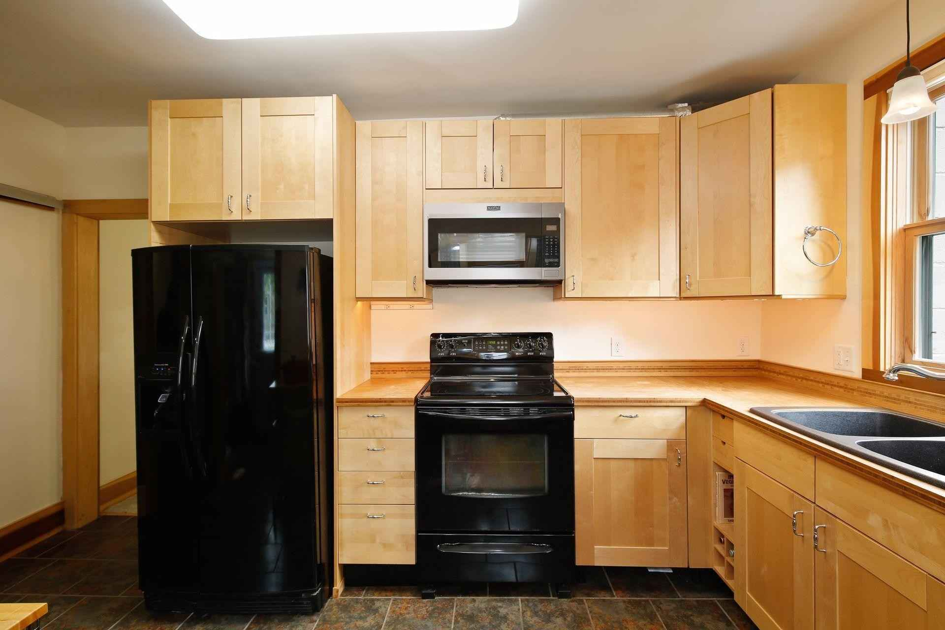 View 31 photos of this 3 bed, 2 bath, and 1,270 sqft. single_family home located at 120 Woodley St E, Northfield, Minnesota 55057 is Active for $255,000.