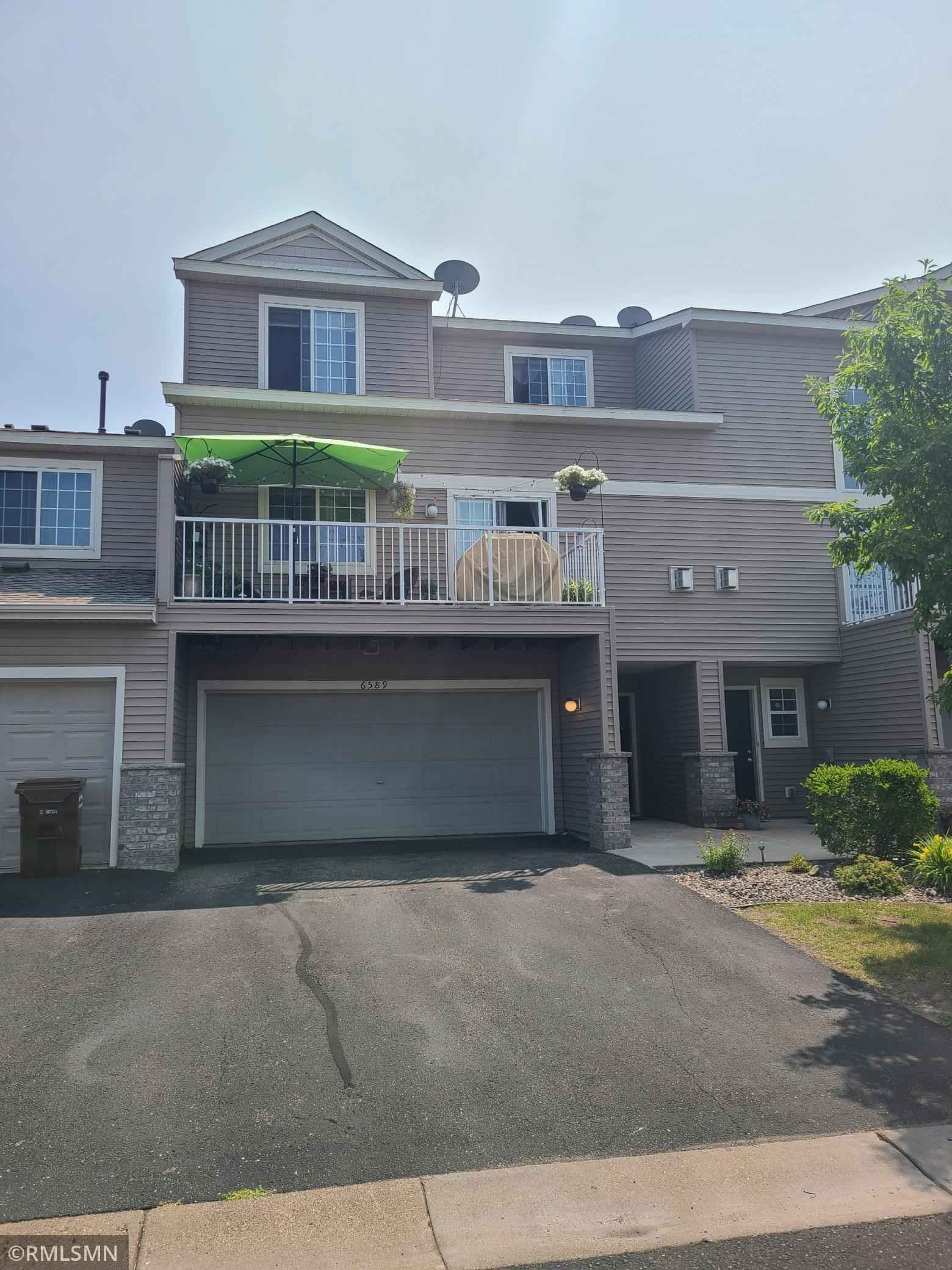 View 1 photos of this 3 bed, 2 bath, and 1,525 sqft. condo home located at 6589 Olive Ln N, Maple Grove, Minnesota 55311 is Active for $265,000.