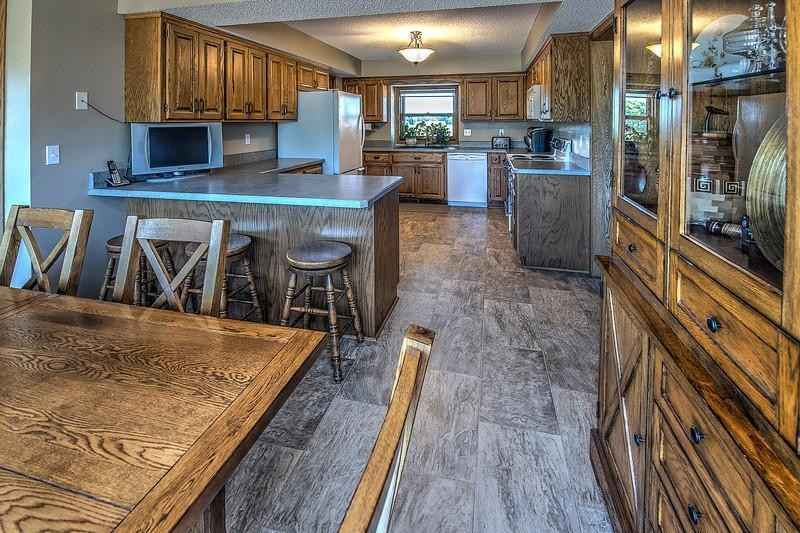 View 19 photos of this 3 bed, 3 bath, and 1,824 sqft. single_family home located at 10718 Jonquil Ln, Hanover, Minnesota 55341 is Active for $699,000.