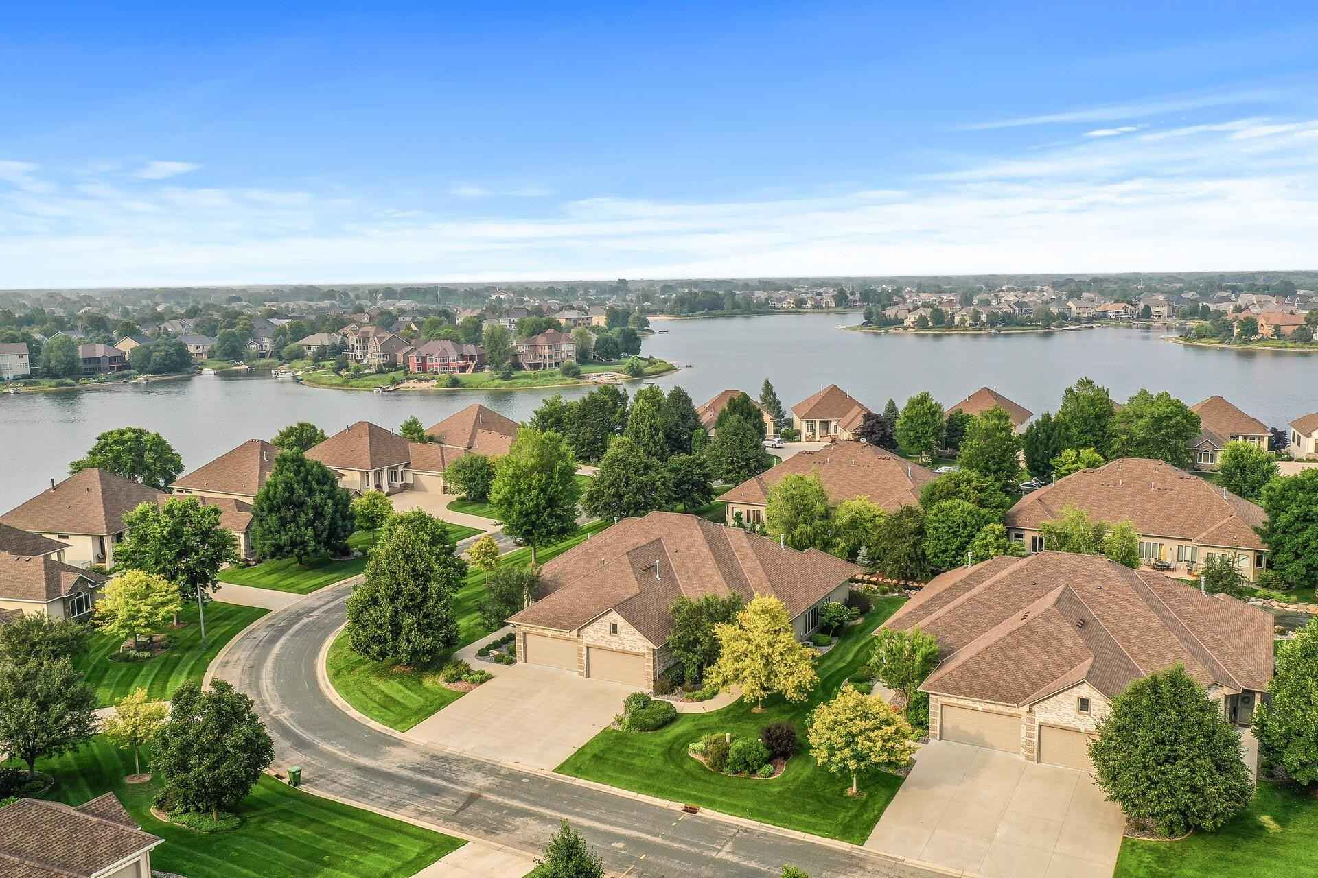 View 54 photos of this 2 bed, 2 bath, and 2,127 sqft. condo home located at 11857 Dunkirk Cir NE, Blaine, Minnesota 55449 is Pending for $419,900.