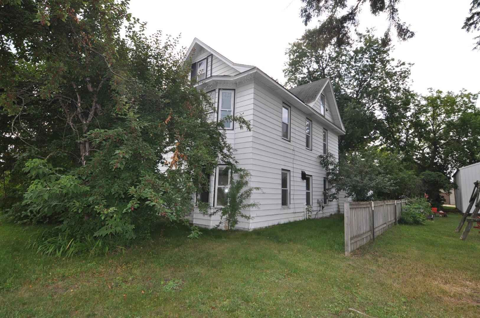 View 35 photos of this 5 bed, 2 bath, and 2,080 sqft. single_family home located at 15 Chicago Ave SW, Akeley, Minnesota 56433 is Active for $69,000.