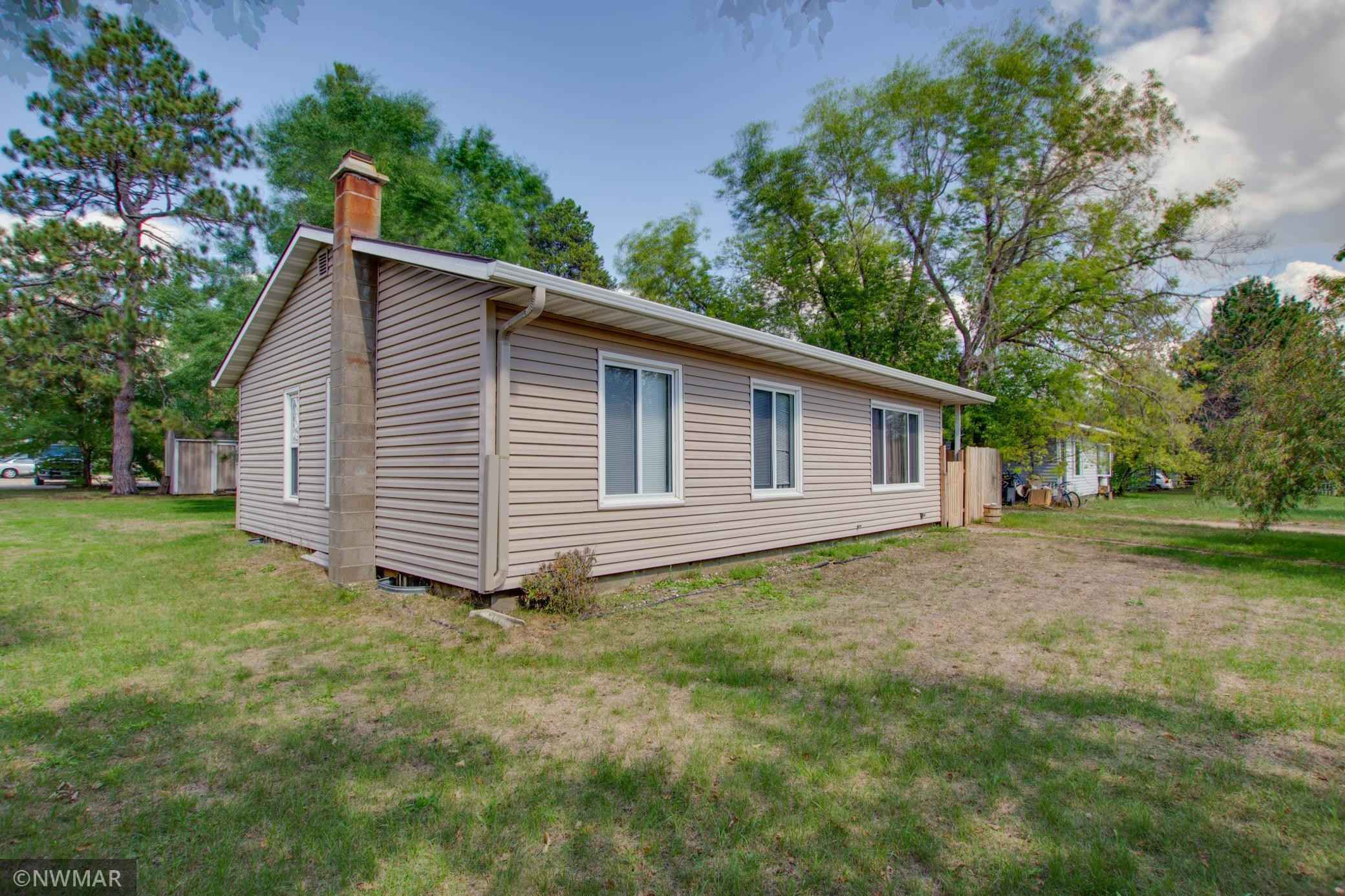 View 25 photos of this 3 bed, 2 bath, and 1,064 sqft. single_family home located at 947 20th St NW, Bemidji, Minnesota 56601 is Active for $159,900.
