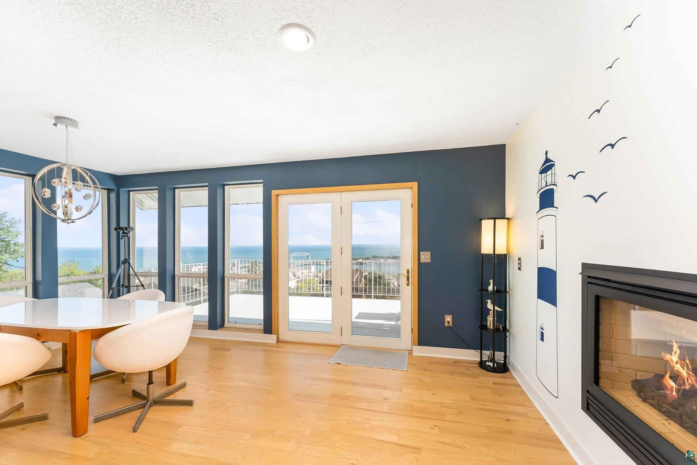 View 42 photos of this 5 bed, 2 bath, and 2,696 sqft. single_family home located at 726 W 5th St, Duluth, Minnesota 55806 is ACTIVE for $550,000.