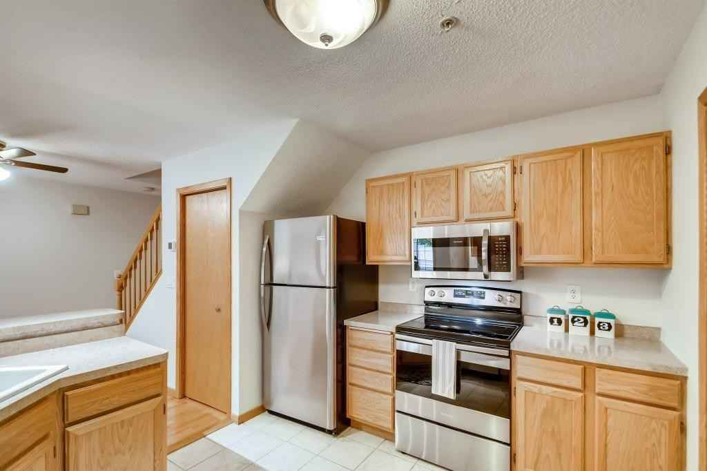 View 11 photos of this 2 bed, 2 bath, and 1,193 sqft. condo home located at 1277 Birch Ct, White Bear Lake, Minnesota 55110 is Active for $210,000.