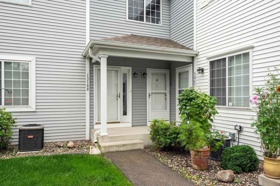 View 23 photos of this 2 bed, 1 bath, and 1,170 sqft. condo home located at 13190 Murdock Ter, Eden Prairie, Minnesota 55347 is Active for $210,000.