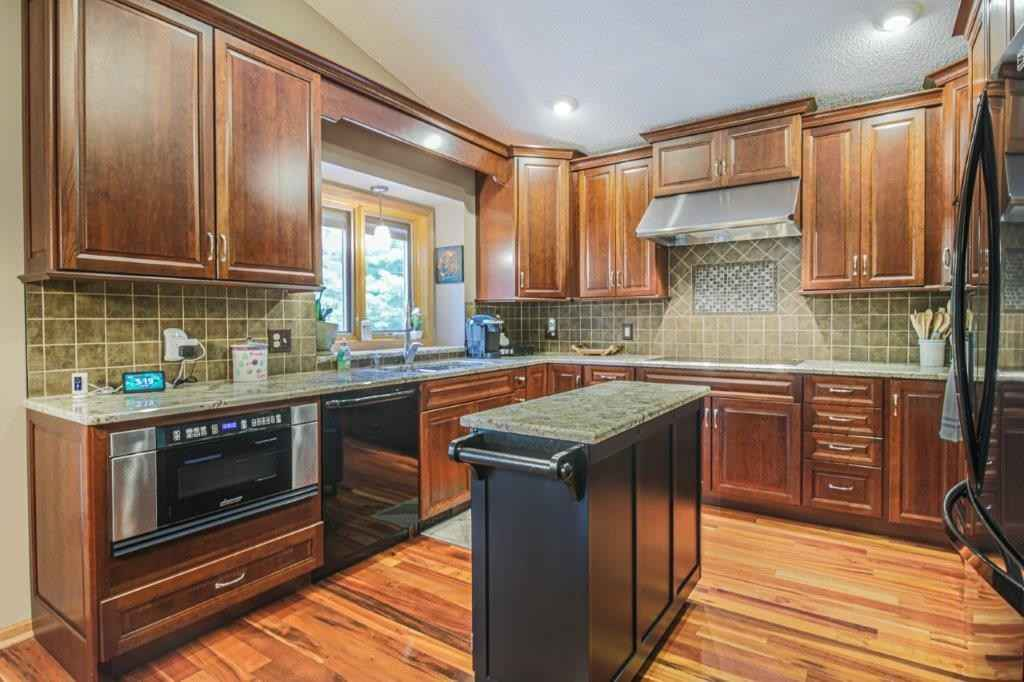 View 25 photos of this 4 bed, 3 bath, and 2,208 sqft. single_family home located at 508 Merriman Dr, Delano, Minnesota 55328 is Pending for $380,000.