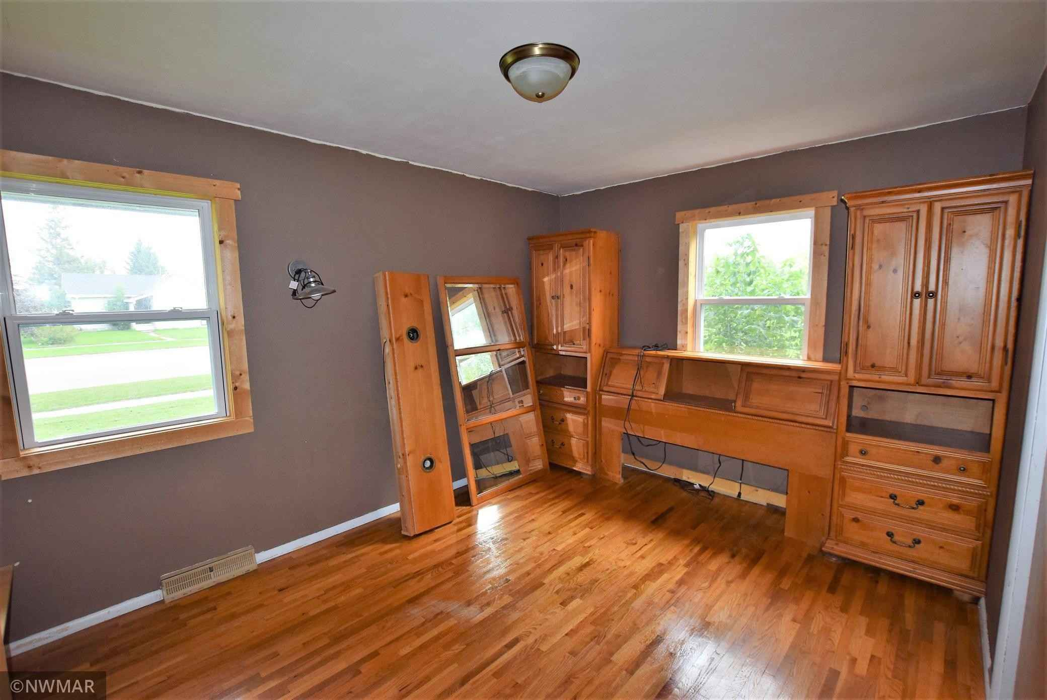 View 14 photos of this 3 bed, 2 bath, and 2,304 sqft. single_family home located at 706 Center St E, Roseau, Minnesota 56751 is Active for $164,900.