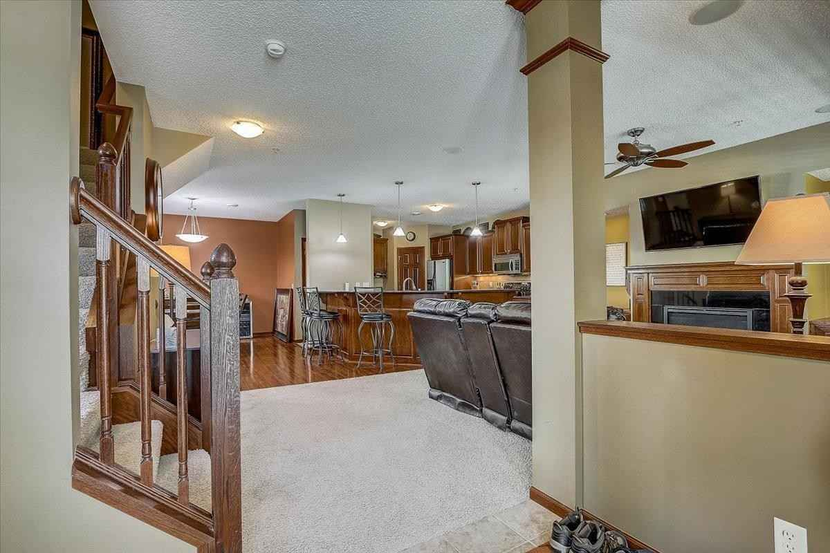 View 44 photos of this 4 bed, 4 bath, and 2,033 sqft. condo home located at 6658 145th St W Unit 3070, Apple Valley, Minnesota 55124 is Pending for $345,000.