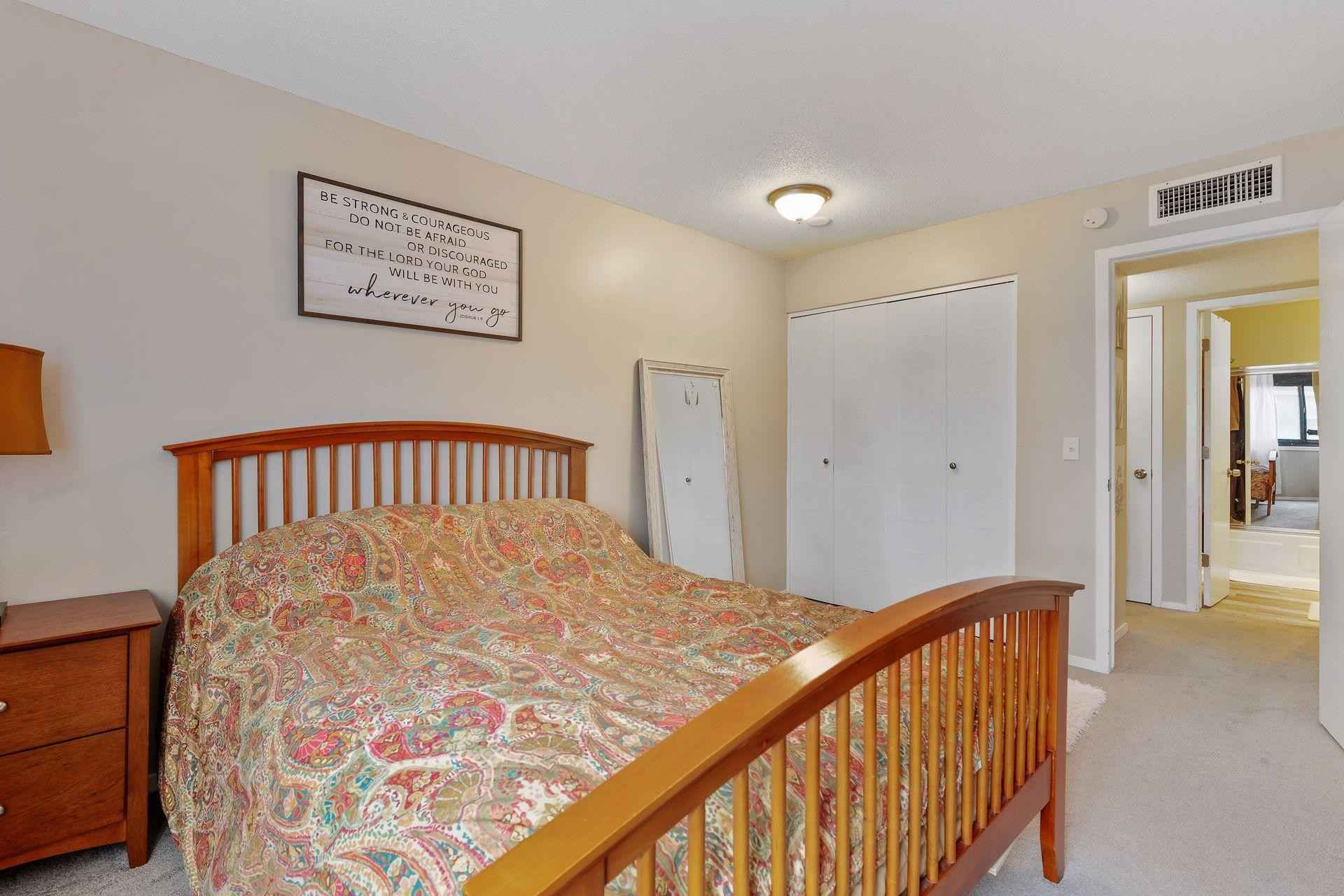 View 47 photos of this 1 bed, 1 bath, and 764 sqft. condo home located at 4120 Parklawn Ave Apt 330, Edina, Minnesota 55435 is Active for $139,900.