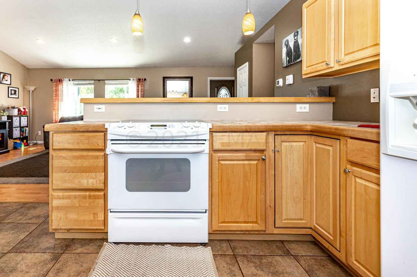View 27 photos of this 3 bed, 2 bath, and 2,856 sqft. single_family home located at 736 1st St, Hawley, Minnesota 56549 is Active for $250,000.