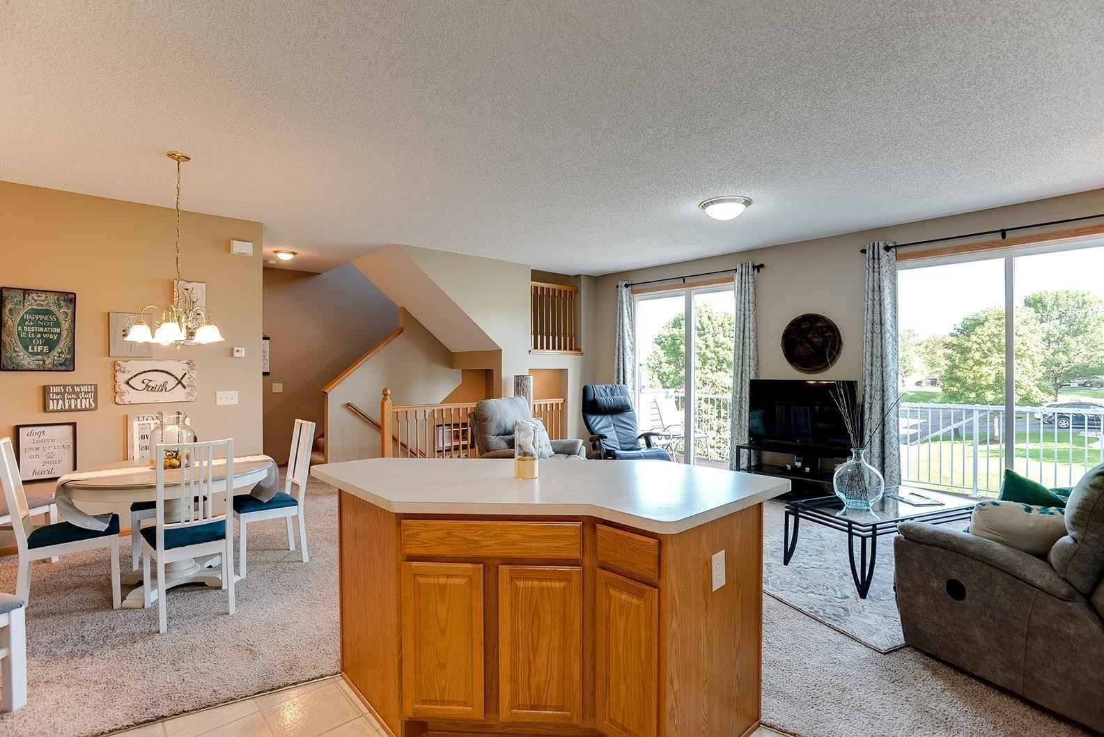 View 19 photos of this 2 bed, 2 bath, and 1,364 sqft. condo home located at 20067 Highview Ave, Lakeville, Minnesota 55044 is Pending for $265,000.