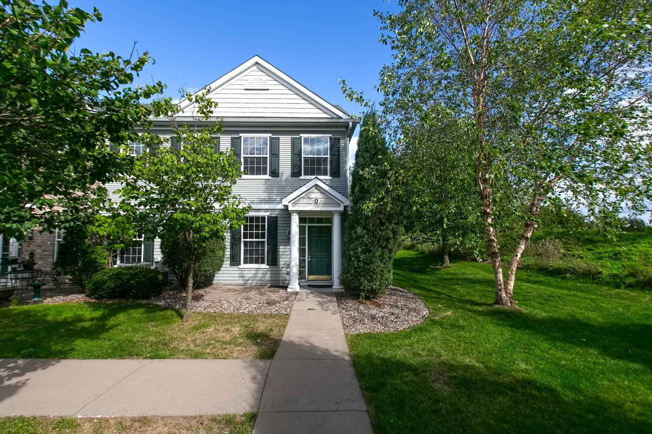 View 26 photos of this 3 bed, 3 bath, and 1,615 sqft. condo home located at 1610 Woodlynn Ave Unit 4, Maplewood, Minnesota 55109 is Active for $250,000.
