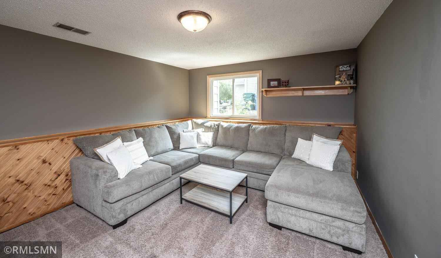 View 33 photos of this 3 bed, 2 bath, and 1,714 sqft. single_family home located at 12651 92nd Pl N, Maple Grove, Minnesota 55369 is Active for $350,000.