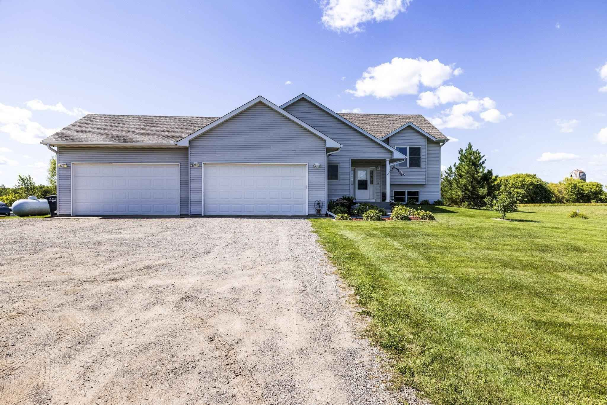 View 45 photos of this 4 bed, 3 bath, and 3,157 sqft. single_family home located at 35844 Silver Ave, Taylors Falls, Minnesota 55084 is Pending for $428,500.