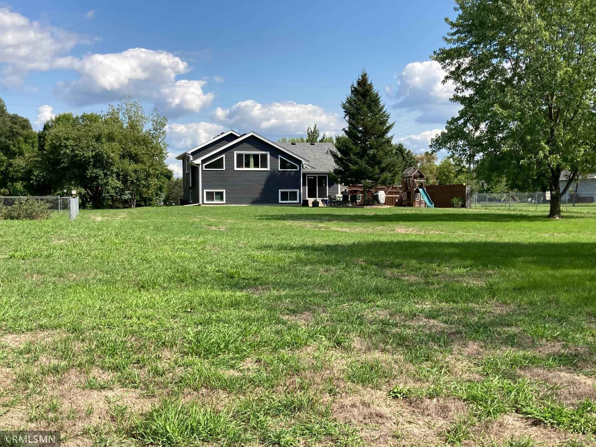 View 26 photos of this 4 bed, 2 bath, and 1,740 sqft. single_family home located at 8955 Page Ave NE, Otsego, Minnesota 55330 is Pending for $355,000.