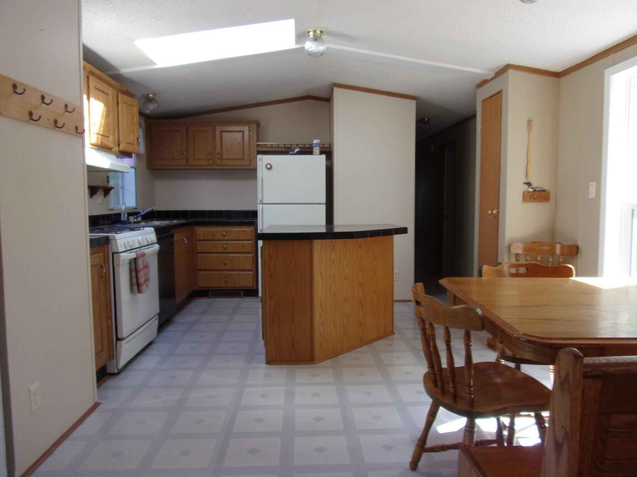 View 5 photos of this 2 bed, 1 bath, and 938 sqft. single_family home located at 19094 Klondike Loop, Grasston, Minnesota 55030 is Pending for $119,900.