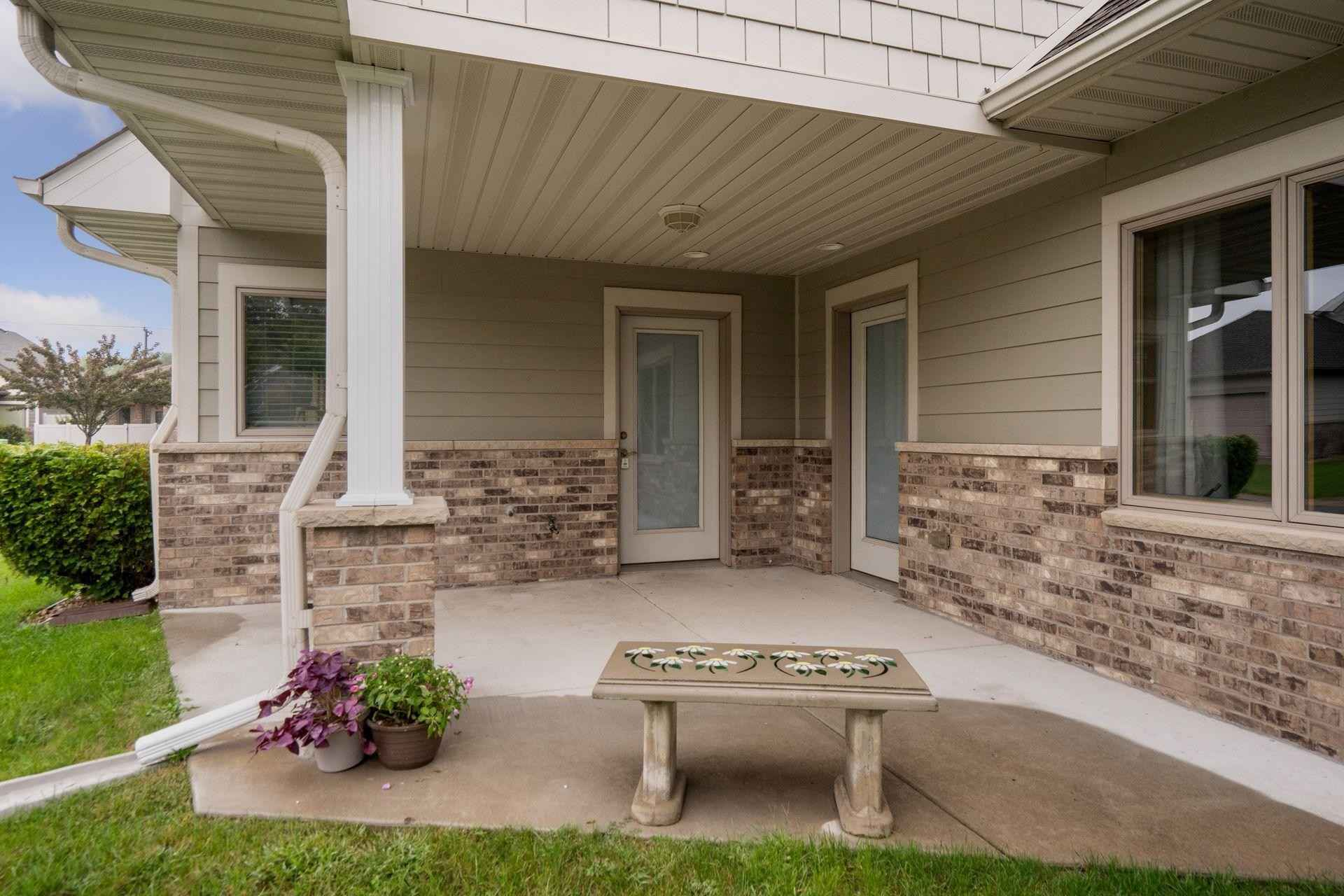 View 34 photos of this 2 bed, 1 bath, and 1,245 sqft. condo home located at 11035 Dahlia St NW, Coon Rapids, Minnesota 55433 is Active for $279,900.