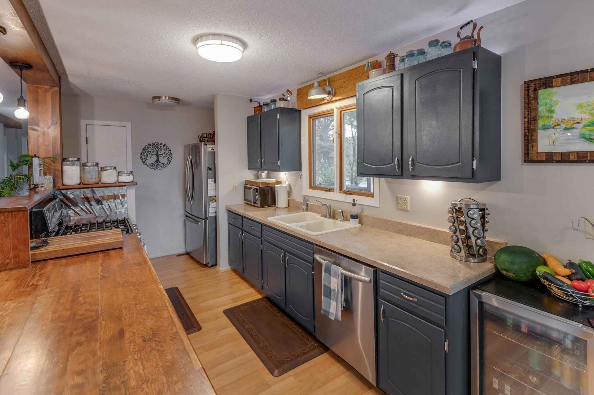 View 49 photos of this 4 bed, 2 bath, and 2,316 sqft. single_family home located at 19406 Lookout Rd, Ironton, Minnesota 56455 is Active for $427,900.