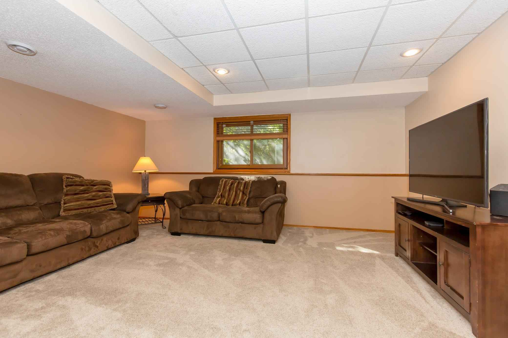 View 44 photos of this 4 bed, 2 bath, and 2,177 sqft. single_family home located at 351 Interlachen Ln, Burnsville, Minnesota 55306 is Active for $374,900.