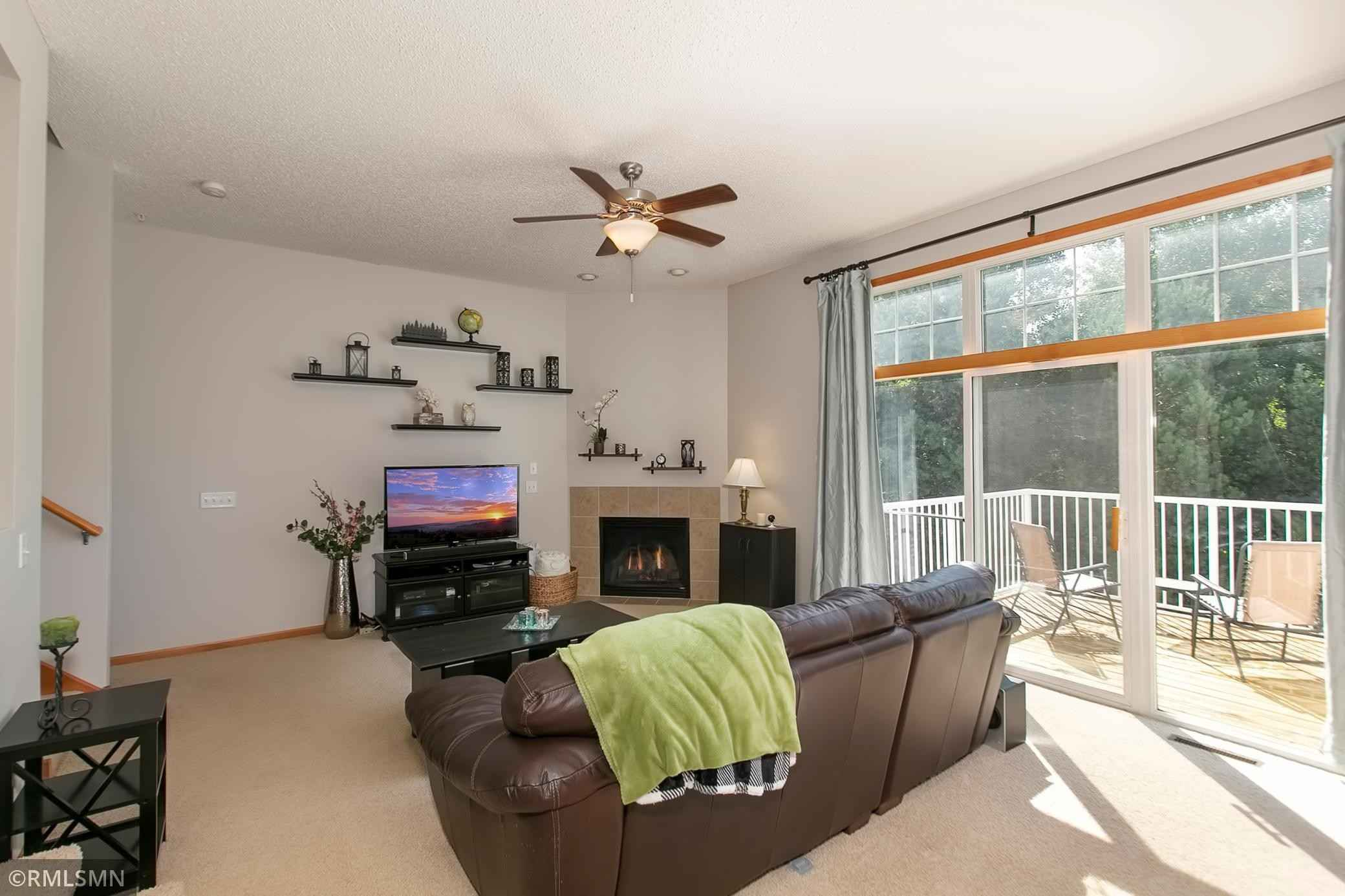 View 32 photos of this 2 bed, 2 bath, and 1,619 sqft. condo_townhome_rowhome_coop home located at 16625 50th Ct N, Plymouth, Minnesota 55446 is _0 for $.