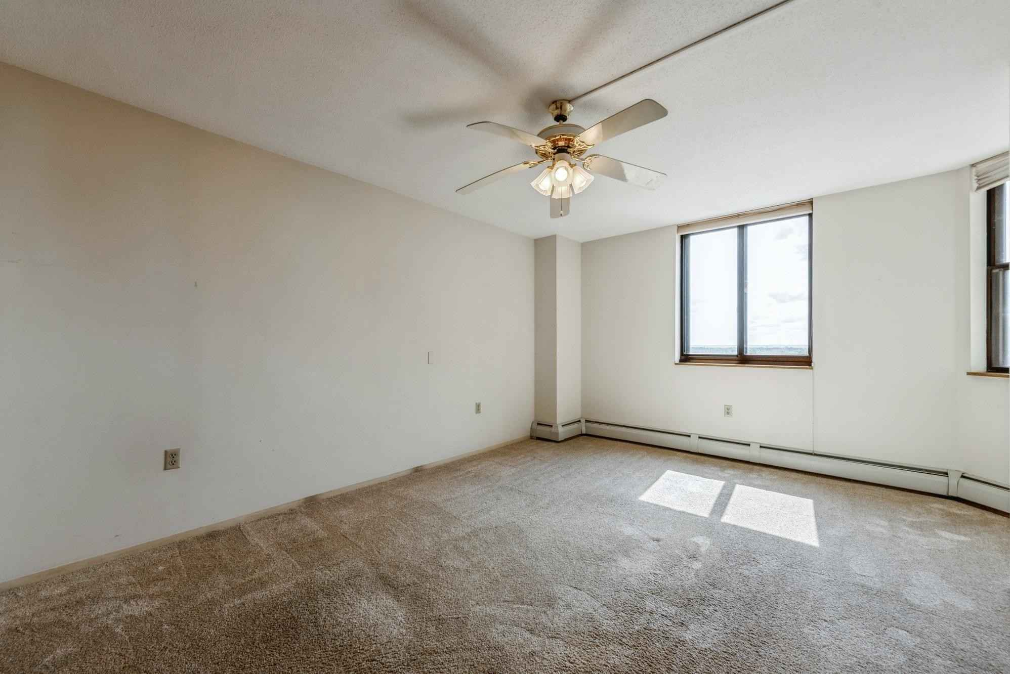 View 19 photos of this 1 bed, 1 bath, and 786 sqft. condo home located at 6500 Woodlake Dr Apt 1002, Richfield, Minnesota 55423 is Pending for $99,900.