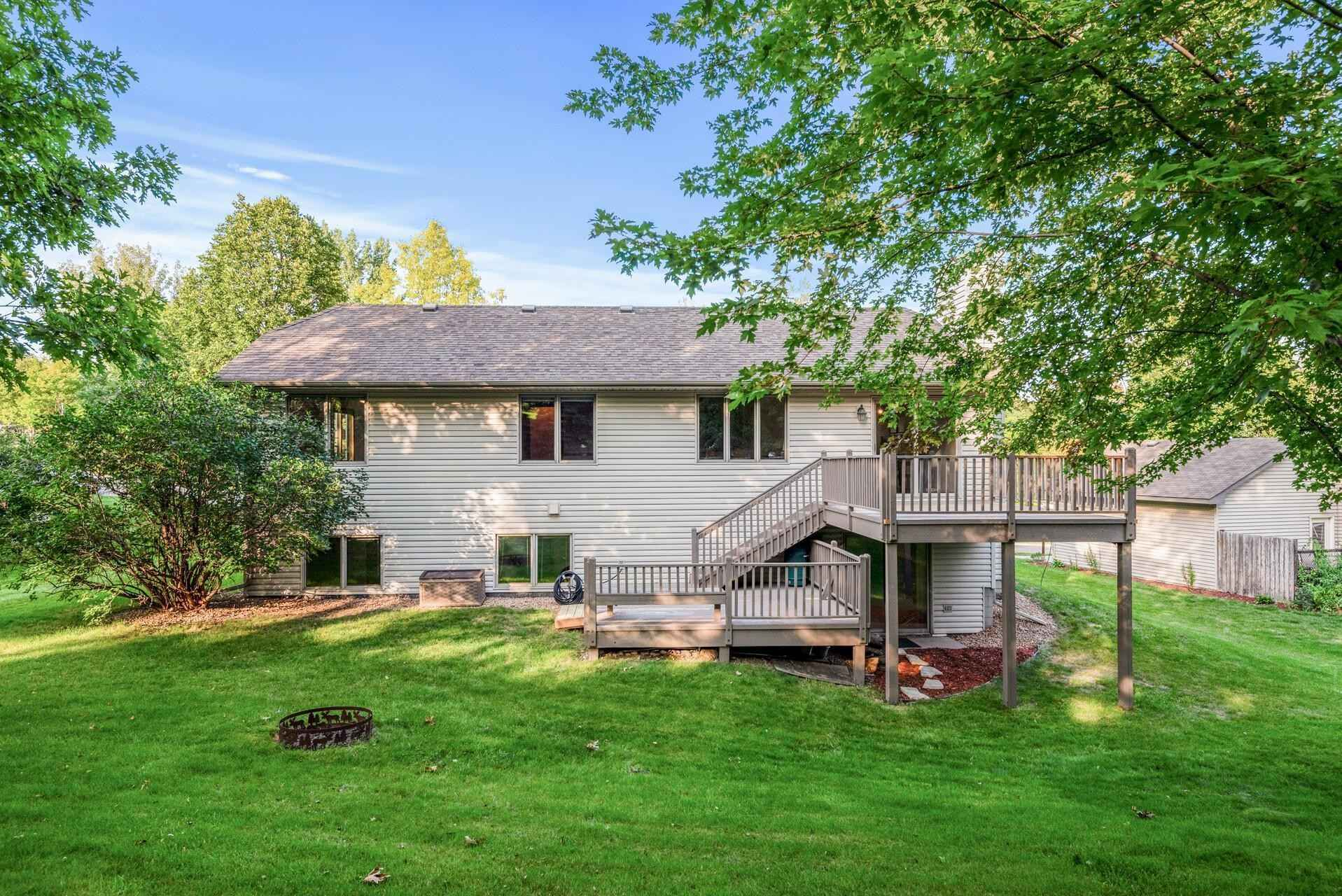 View 44 photos of this 4 bed, 3 bath, and 2,342 sqft. single_family home located at 1580 Lake Susan Hills Dr, Chanhassen, Minnesota 55317 is Active for $419,000.