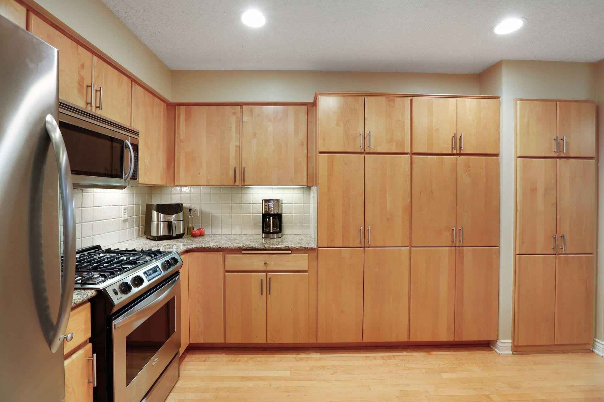 View 24 photos of this 3 bed, 4 bath, and 2,618 sqft. condo home located at 15825 17th Ave N, Plymouth, Minnesota 55447 is Active for $425,000.