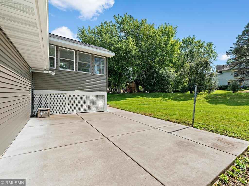 View 20 photos of this 4 bed, 2 bath, and 1,976 sqft. single_family home located at 4369 Bear Path Trl, Eagan, Minnesota 55122 is Active for $450,000.