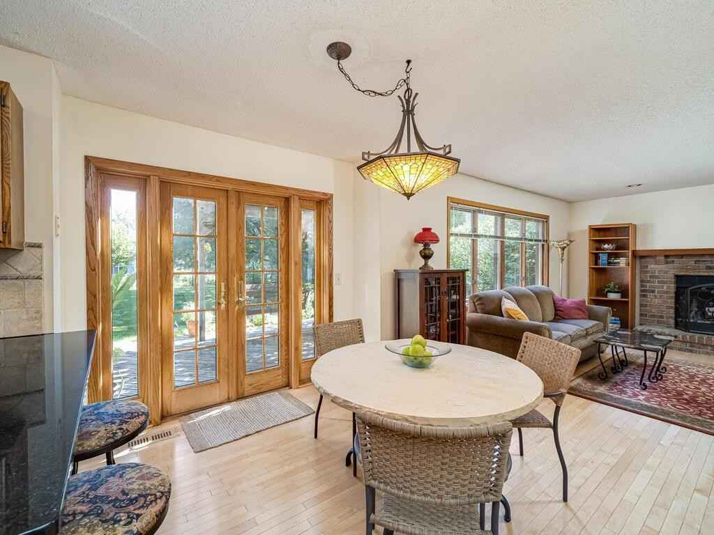 View 24 photos of this 3 bed, 3 bath, and 1,586 sqft. single_family home located at 7350 Cactus Curv, Chanhassen, Minnesota 55317 is Active for $389,900.